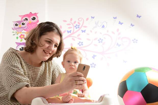 Aplicativos ajudam pais de primeira viagem a ver evolução e vigiar filhos